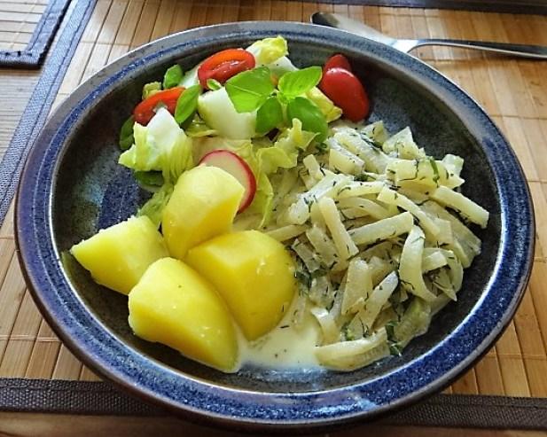 Kohlrabi Gemüse,Kartoffeln,Salat (1)