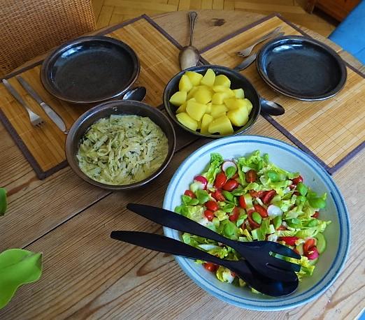 Kohlrabi Gemüse,Kartoffeln,Salat (4)