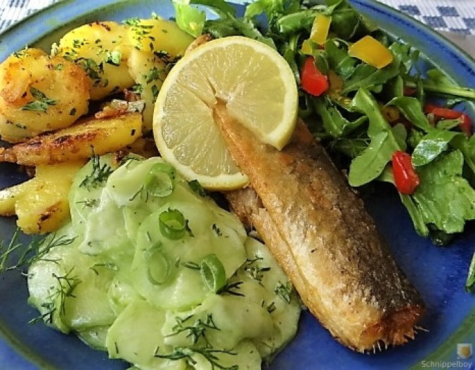 Grüner Hering,Salate,Bratkartoffel (3)