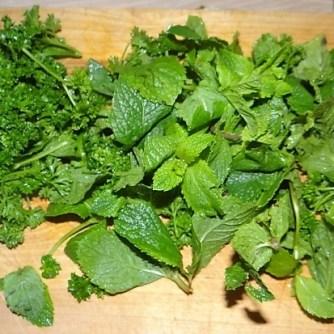 Wokgemüse, Tabouleh, Hummus, Spillinge (5)