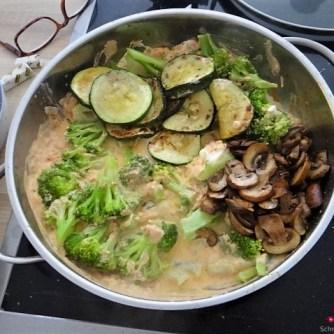 Brokkoli,Zucchini,Pilze in Labneh (11)