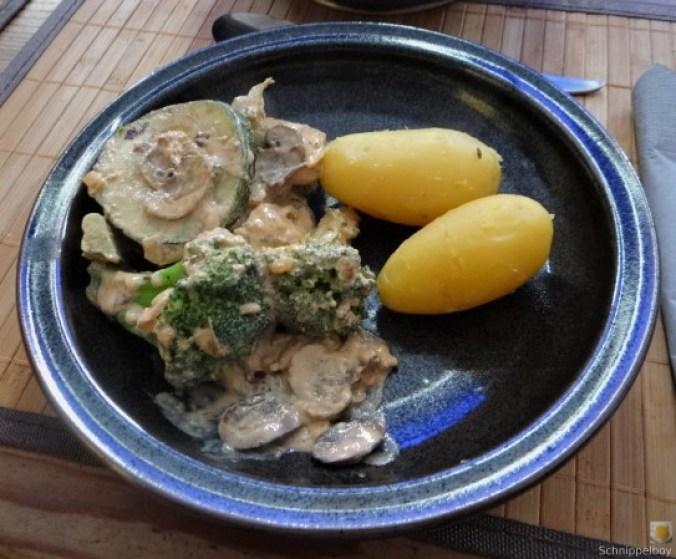 Brokkoli,Zucchini,Pilze in Labneh (2)