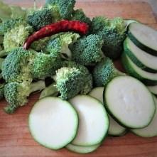 Brokkoli,Zucchini,Pilze in Labneh (8)