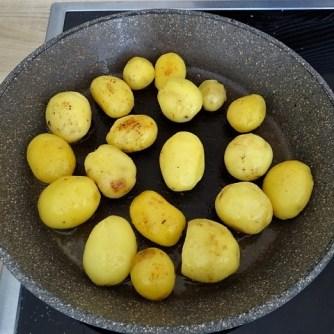 Forelle mit Petersilienkartoffel, Meerrettichdip und Salat (14)