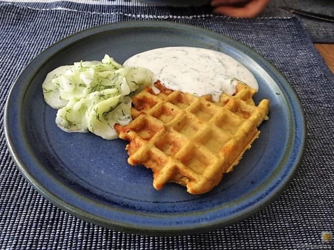 Käse_Schinkenwaffel mit Joghurt-Zitronen-Dill Dip (3)
