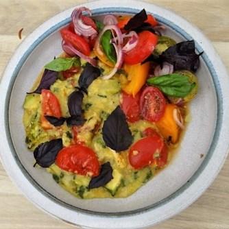 Polenta mit Babyspinat und Tomaten (24)