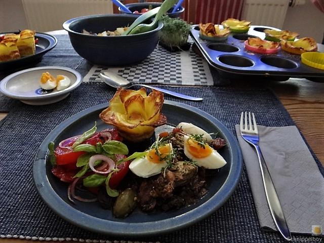 Thunfisch-Eiersalat mit Kartoffelrosen (14)