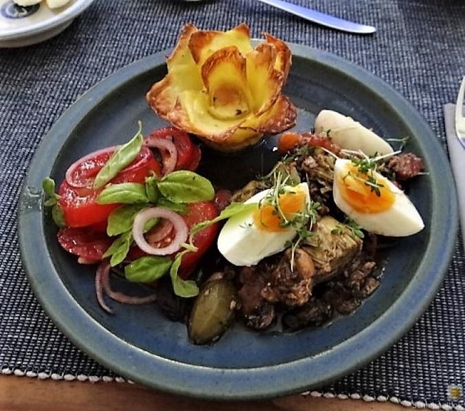 Thunfisch-Eiersalat mit Kartoffelrosen (15)