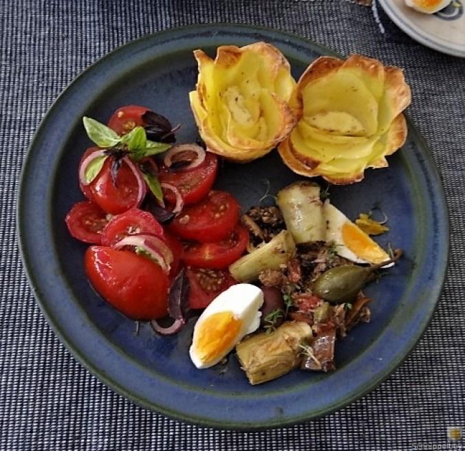 Thunfisch-Eiersalat mit Kartoffelrosen (2)