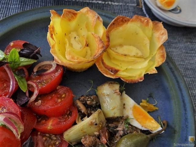 Thunfisch-Eiersalat mit Kartoffelrosen (3)