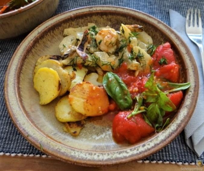 Schmorgurke, Tomatenragout, Meeresfrüchte (26)