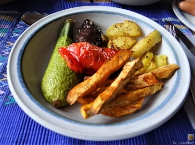 Gremolata, Ofengemüse,Pommes (19)