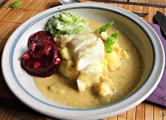 Kabeljau, Zitrus Senfsauce. Kartoffelstampf, Salate (1)