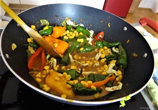 Gemüse in Kokosmilch und Reisnudeln (14)