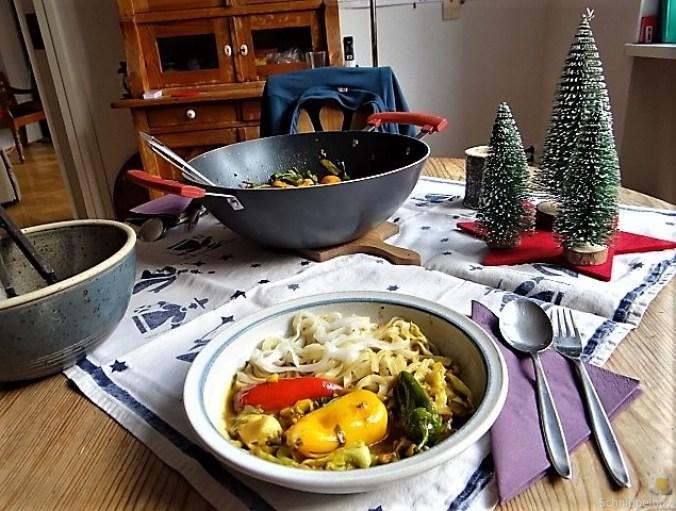 Gemüse in Kokosmilch und Reisnudeln (4)