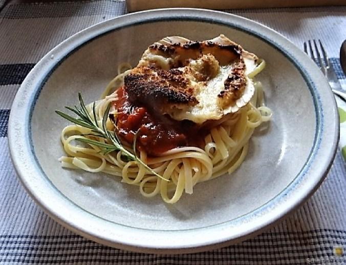 Linguine, scharfe Tomatensauce, Muschelragout (17)