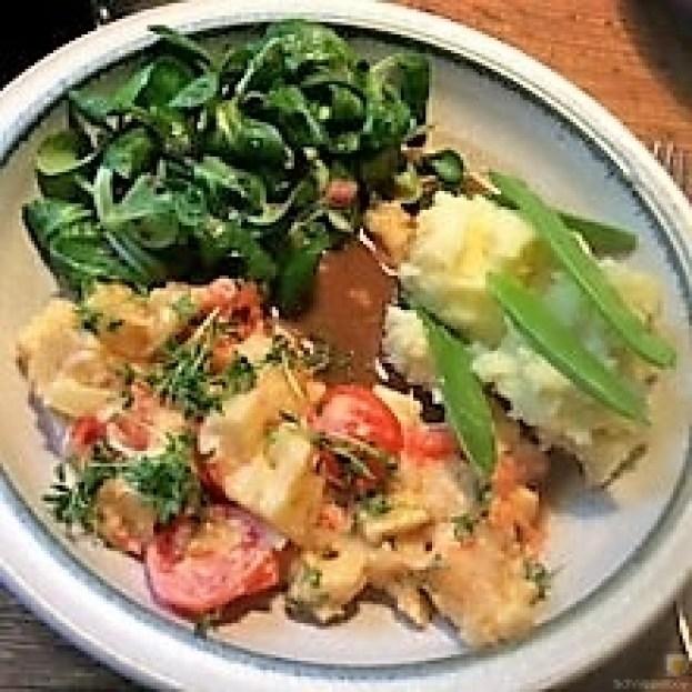 Pastinakengemüse mit Tomaten und Kartoffelstampf (11)