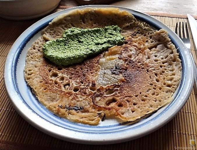 Buchweizenpfannkuchen,Ruccolapesto,Quittenkompott (1)