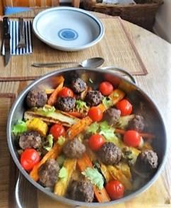 Gemüse und Hackbällchen orientalisch (18)