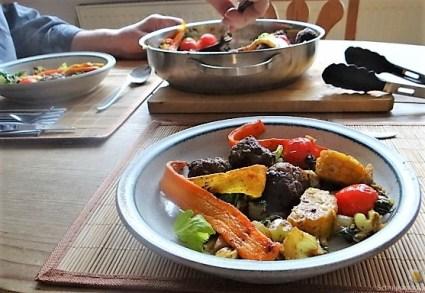 Gemüse und Hackbällchen orientalisch (20)