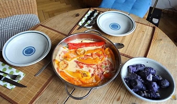 Spitzpaprtka in Wein, blaue Kartoffel (6)