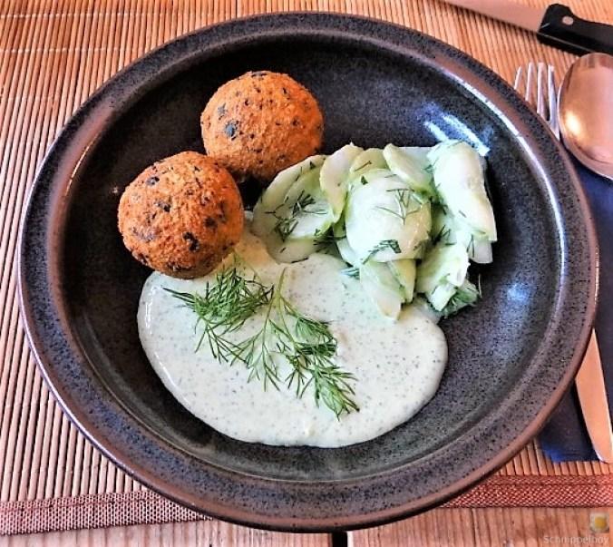 Falafel, Fetacreme, Gurkensalat, (3)