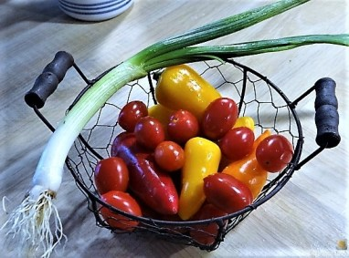 Falafel, Hummus, Gemüse, (10)