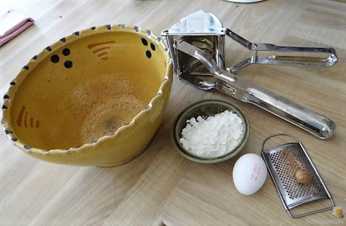 Kartoffel-Bärlauch Schnecken mit Tomatensauce (10)
