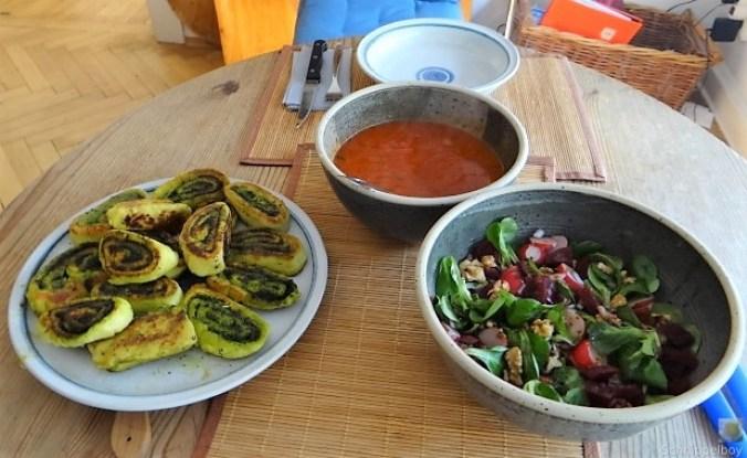 Kartoffel-Bärlauch Schnecken mit Tomatensauce (33)