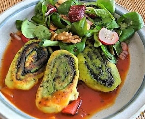 Kartoffel-Bärlauch Schnecken mit Tomatensauce (35)