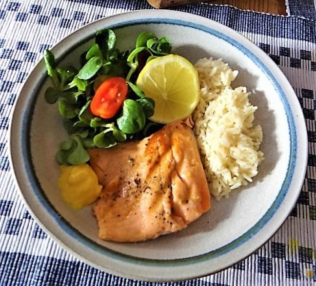 Lachsforelle,Reis und Feldsalat (3)