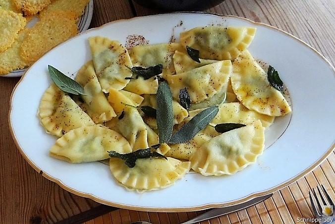 Ravioli mit Feta Spinat Füllung (8)