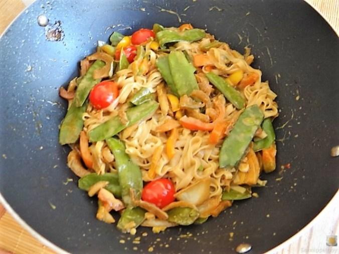 Wokgemüse mit Reisnudeln (20)