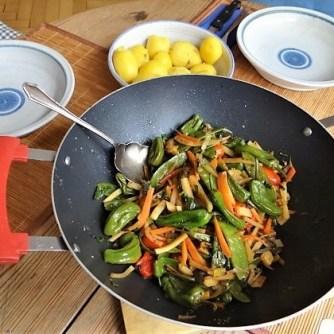 Wokgemüse und Erbs-Ricotta Creme (17)