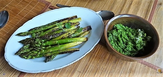Grüne Klöße, Grüner Spargel, Zitronensauce (14)