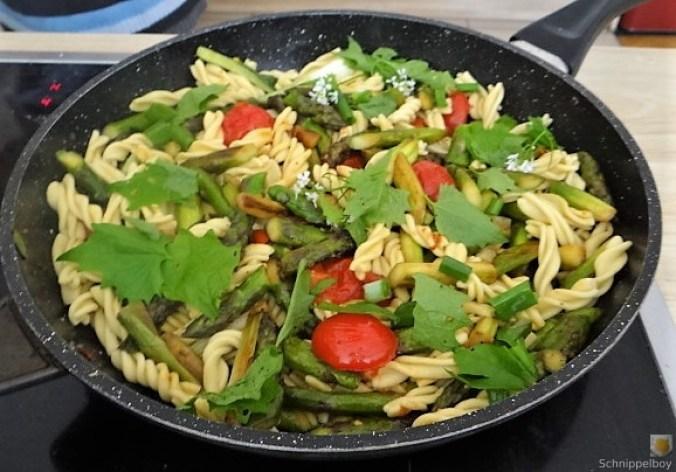 Spirelli,Spargel und Tomaten (24)