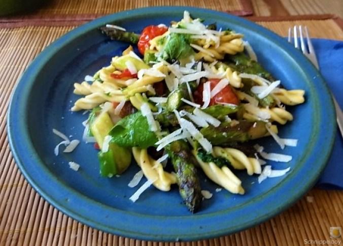 Spirelli,Spargel und Tomaten (28)