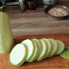 Frittierte-Zucchini-mit-Gorgonzolasauce-9