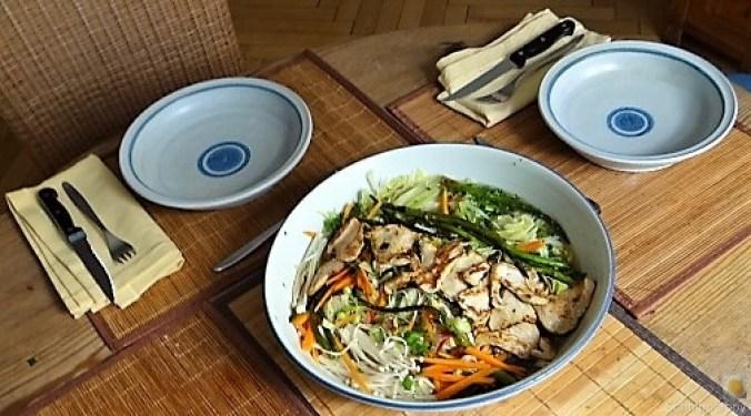 Glasnudeln, Gemüse und Putenfleisch (7)