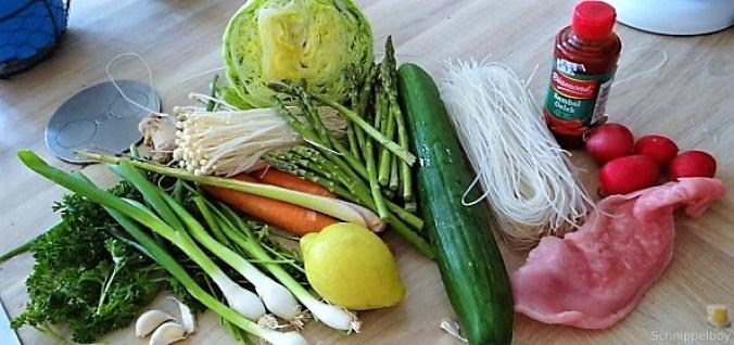 Glasnudeln, Gemüse und Putenfleisch (9)