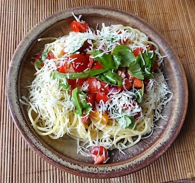 Spaghetti-Keka und Kirsch-Crumble (3a)