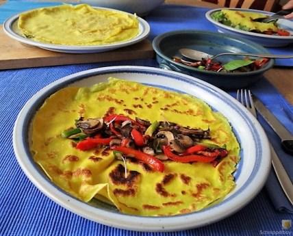 Eierpfannkuchen mit Pilz-Gemüse Füllung und Pflücksalat (22)