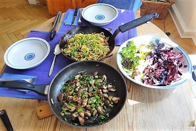 Kartoffel Zoodles und Shiitake-Champignon Pfanne (22)