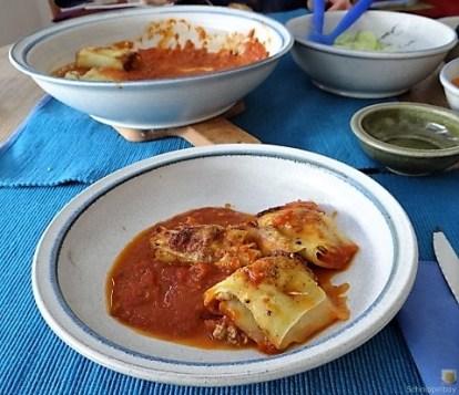 Kartoffelröllchen in Tomatensauce (31)