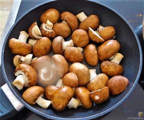 Bratkartoffeln mit Champignon und buntem Salat (12)