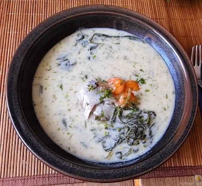 Butermilchsuppe mit geräuchertem Fisch (36)