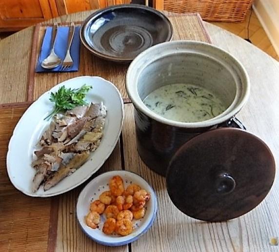 Butermilchsuppe mit geräuchertem Fisch (5)