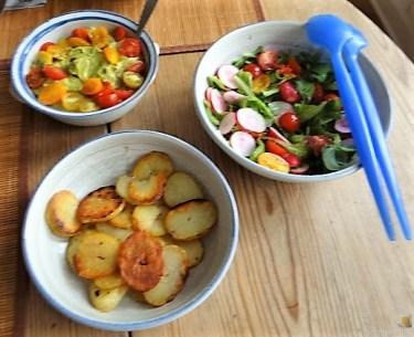 Ofen Zucchini mit Guacamole und Kloßscheiben vom Vortag (22)