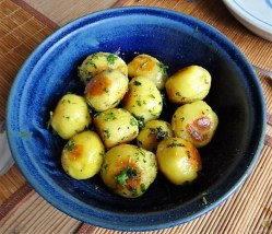 Röstkartoffeln und Gemüse (14)