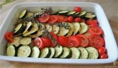 Ratatouille , Kartoffelspalten,Obstsalat,Kürbiskern Pesto (Brotaufstrich) (9)